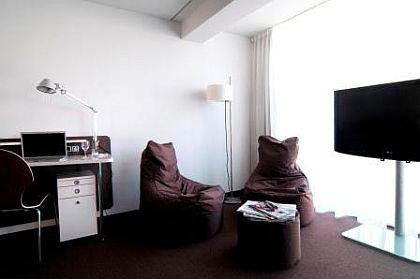 Dearg Livinghotel Campo dei Fiori München - Zimmer 1
