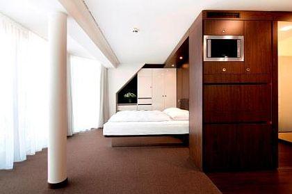 Dearg Livinghotel Campo dei Fiori München - Zimmer 2