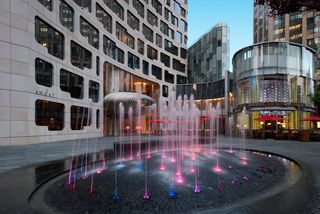 Andaz Shanghai_ the plaza & fountain_pm