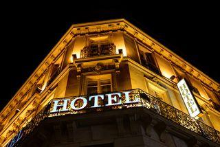 Hotel Schild - © Brian Jackson - Fotolia.com