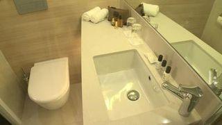 Moxy-hotel-badezimmer